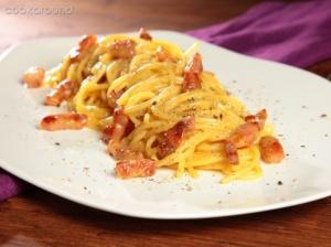 Pasta alla carbonara - Abruco ogļdeģu ēdiens (spageti, sālīta cūkgaļa,aitas siers un ola)