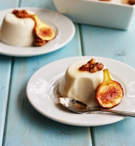 Greek yogurt panna cotta, and baked figs with honey and walnuts via cookmegreek.blogspot.com